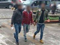 İzmir ve Akşehir'de aranan 2 zanlı Kuşadası'nda yakalandı