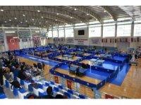 Masa tenisi dostluk ligi Şahinbey'de yapıldı