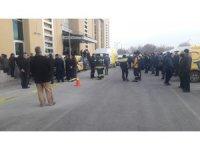 GÜNCELLEME 2 - Konya'da PTT binasında patlama: 1 yaralı