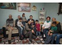 CHP adayı Ömer Günel'in aile ziyaretleri sürüyor