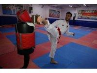 Kağıtsporlu karateci 2024 Olimpiyatlarına hazırlanıyor
