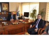 Dinçer, Mersin'e işletmeler üstü eğitim merkezi kurulmasını istedi