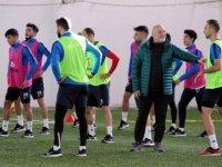 Hikmet Karaman: Konyaspor'u alkışlıyoruz