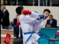 Kağıtspor, karatede Türkiye şampiyonu oldu