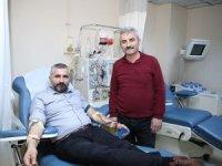 Kök hücre bağışlayan doktor hayat kurtardı
