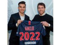 Paris Saint-Germain, Metehan Güçlü ile profesyonel sözleşme imzladı