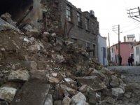 Depremin merkez üssü Ayvacık'ta eğitime ara verildi!