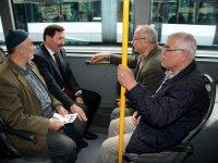 Hasan Kılca, belediye otobüsüne bindi