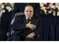 Bouteflika, tedavi için İsviçre'ye gidiyor