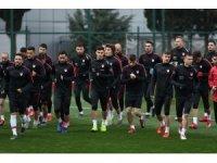 Türkiye, Arnavutluk ile 11. randevuda