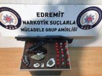 Edremit'te uyuşturucu ile mücadele sürüyor