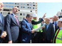 Bakan Gül ve Sağlık Bakanı Koca Şehir Hastanesini gezdi