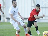 Atiker Konyaspor özel maçta Eskişehirspor ile 1-1 berabere kaldı