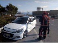 TEM otoyolu kavşağında trafik kazası: 2 yaralı