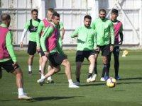 Konyaspor'da izin bitiyor