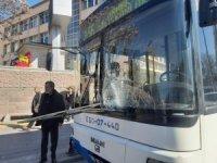 EGO otobüsü yayaya çarptı