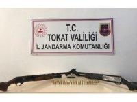 Tokat'ta ruhsatsız silah ele geçirildi