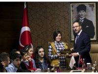 Bakan Kasapoğlu Şırnaklı öğrencilerle bir araya geldi