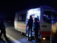 GÜNCELLEME - Taraftar minibüsü tırla çarpıştı: 10 yaralı