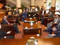 Usta ve Altunyaldız'dan Başkan Kılca'ya ziyaret