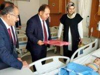 Devlet Hastanesi'nde 23 Nisan sevinci