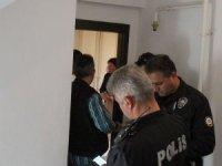 Rus uyruklu Türk vatandaşı kadının, tartıştığı erkeği bıçakladığı iddiası