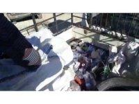 Atık taşıyan kamyonette kaçak sigara ele geçirildi