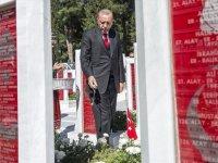 Dünyaya barış çağrısı... Cumhurbaşkanı Erdoğan'dan Anzak Günü mesajı!