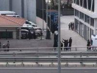 Emniyet Müdürlüğü'nün duvarına çıkıp intihar etmek istedi