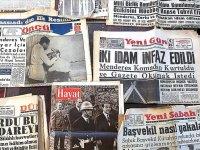 27 Mayıs darbesinin, gazete kupürlerindeki ayak sesleri