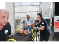 Hafif ticari araç şarampole yuvarlandı: 6 yaralı