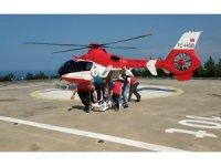 Meslektaşları kazada kalbi duran doktoru kurtarmak için seferber oldu