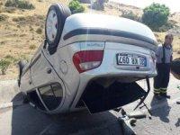 Tırdan dökülen yağ kazaya neden oldu: 3 yaralı