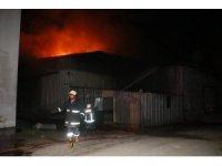Mersin'de bisiklet ve motosiklet fabrikasında yangın