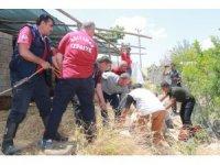 Kuyuya düşme olayına giden ekipler doğum vakasıyla karşılaştı