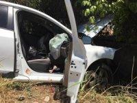 Adıyaman'da otomobil duvara çaptı: 3 Yaralı