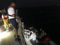 Kuşadası'nda 2 operasyonda 56 düzensiz göçmen yakalandı