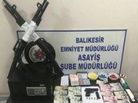 Kumarbazların derneğine polis operasyonu