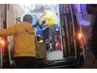 Fatih'te iki grup arasında çıkan bıçaklı kavgada 1'i ağır 3 yaralı