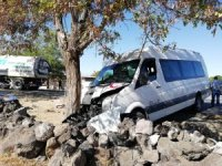 Kayseri'de minibüs ile otomobil çarpıştı: 5 yaralı