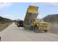 Derebucak'ta yol asfaltlama çalışmaları