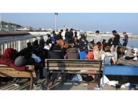 Çeşme'de göçmen botu alabora oldu, göçmenler ölümden döndü