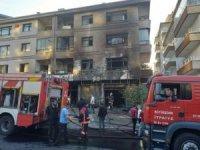 Başkent'te çıkan yangında 3 katlı bina kullanılamaz hale geldi