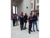 İzmir'in Aliağa ilçesinde yaşlı kadını gasp ettiler