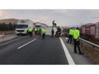 Nurdağı'nda iki araç çarpıştı: 1 ölü, 6 yaralı