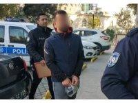 Ruhsatsız silahla yakalanınca gözaltına alındı
