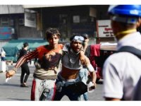 Bağdat'ta protestoculara gaz bombası atılması sonucu ölü sayısı 3'e yükseldi