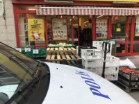 Bursa'da marketten 20 bin lira çalan hırsız güvenlik kamerasında