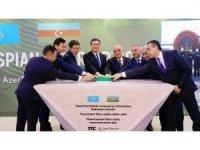 Kazakistan ve Azerbaycan'ı bağlayan fiber optik iletişim hattı inşaatı başladı