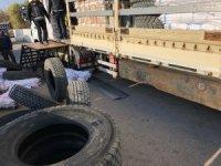 Aksaray'da 24 adet gümrük kaçağı tır lastiği ele geçirildi
